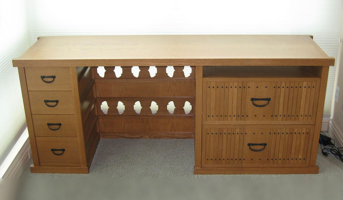 Samper desk